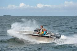 2019 - Buster Boats - M1