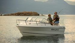 Campion Boats 552i SC Cuddy Cabin Boat
