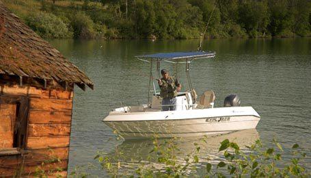 l_Campion_Boats_582_CC_2007_AI-255228_II-11557663