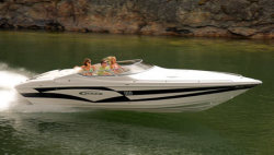 Campion Boats 910i Chase Sport Cabin High Performance Boat