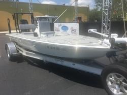 2020 - Canyon Bay Boats - 18F