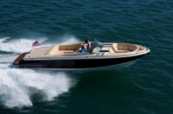 2013 - Chris Craft - Launch 32