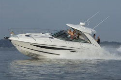 2010 - Cobalt Boats - 373