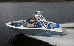 2020 - Cobalt Boats - CS22