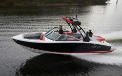 2020 - Cobalt Boats - CS23