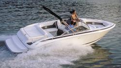 Cobalt Boats 212 Bowrider Boat