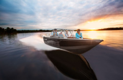 2016 - Crestliner Boats - 1650 Super Hawk