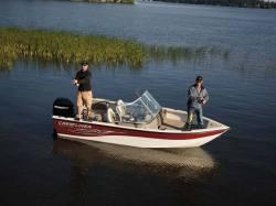 2009 - Crestliner Boats - Sport Angler 1650