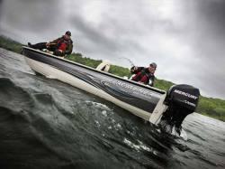 2009 - Crestliner Boats - Fish Hawk 1750 Tiller