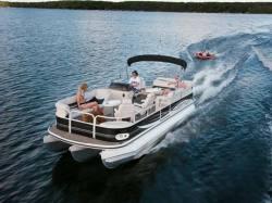 2009 - Crestliner Boats - Batata Bay 2385 Tritoon