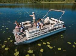 2009 - Crestliner Boats - SunCast 2185