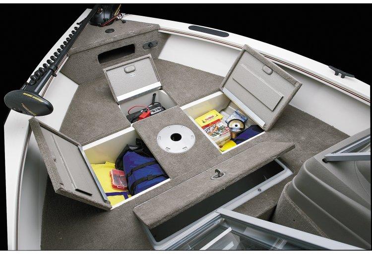 l_crestliner-sport-angler-bow-storage