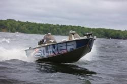 2011 - Crestliner Boats - Tournament 202 WT