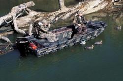 2011 - Crestliner Boats - 1756 Retriever SC