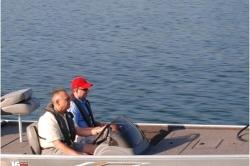 2011 - Crestliner Boats - 16 STORM