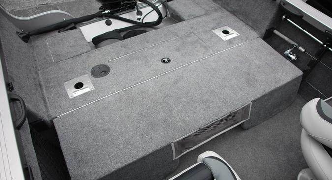 l_1700super_hawk_seat_folded_1