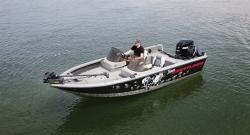 2012 - Crestliner Boats - Raptor 1750  DC