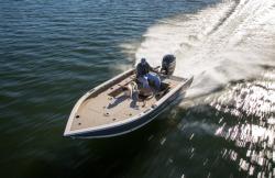 2015 - Crestliner Boats - 1750 ProTiller