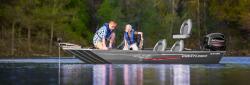 2015 - Crestliner Boats - 16 STORM