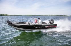 2015 - Crestliner Boats - 1950 Fish Hawk