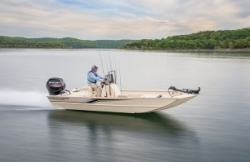 2016 - Crestliner Boats - 1800 Coast Edition