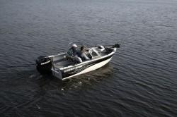 Crestliner Boats-Sport Angler 1650