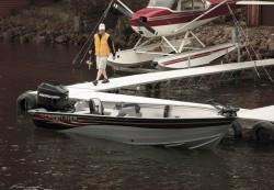 Crestliner Boats-Canadian 18 SC