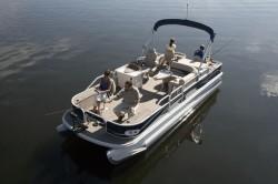 Crestliner Boats-Grand Cayman 2385 Tritoon