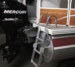 Crestliner Boats-Grand Cayman 2485 IO