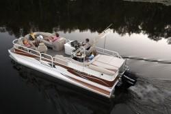 Crestliner Boats-Grand Cayman 2585 Tritoon
