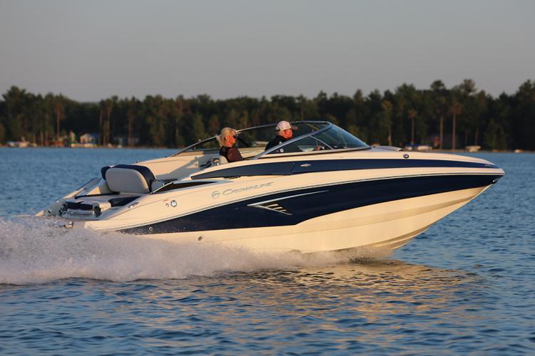 l_crownline-boats-eclipse-e-e235-03
