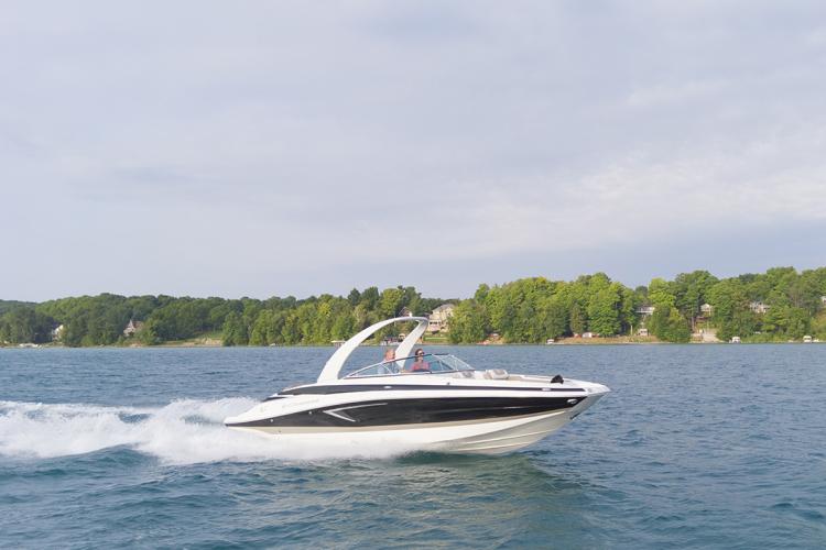 l_crownline-boats-eclipse-e-e285-10