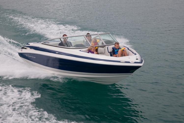 l_crownline-boats-super-sport-ss-215ss-02-1024x6831