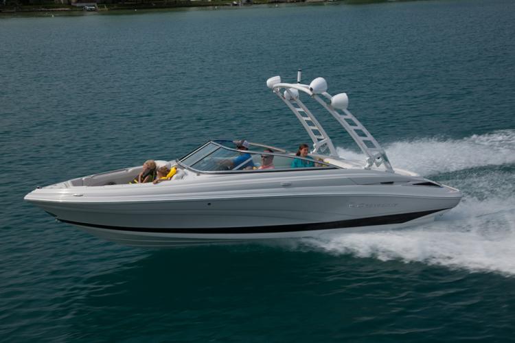 l_crownline-boats-super-sport-ss-235ss-03-1024x6831