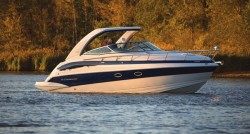 2014 - Crownline Boats - 330 CR