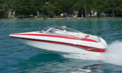 2011 - Crownline Boats - 18 SS