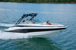 2015 - Crownline Boats - 255 SS