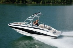 2015 - Crownline Boats - EC E1