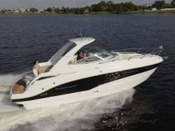 2015 - Crownline Boats - 294 CR
