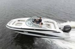 2015 - Crownline Boats - EC E2 XS