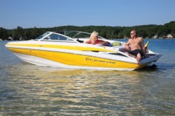 2015 - Crownline Boats - 215 SS