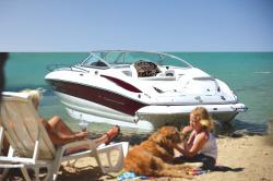 2016 - Crownline Boats - 266 SC