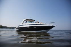 2016 - Crownline Boats - 350 SY