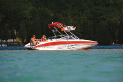 2016 - Crownline Boats - 195 SS