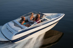 2017 - Crownline Boats - 18 SS