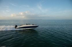 2017 - Crownline Boats - E6 XS