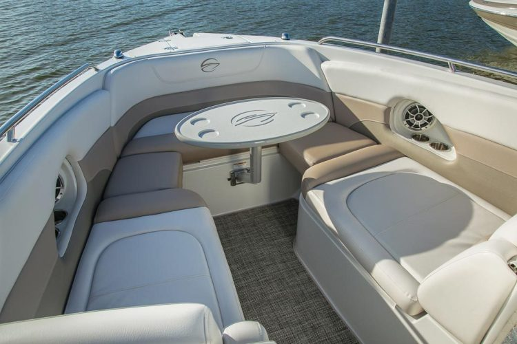 l_crownline-boats-super-sport-ss-335ss-feature-05