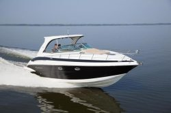 2018 - Crownline Boats - 350 SY
