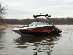 2018 - Crownline Boats - E23 Surf