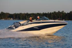 2019 - Crownline Boats - E 235